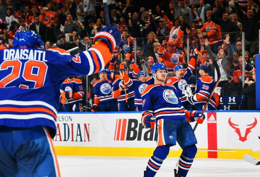 9b9b6d7356e After a one year hiatus, the Edmonton Oilers will be wearing royal blue  once again, but only for four nights – not enough to make it a official  alternate ...